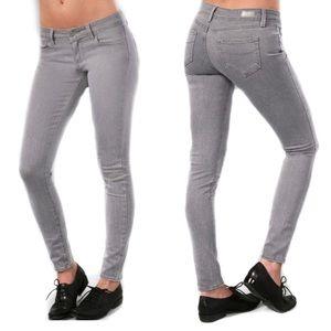 Paige Premium Denim Verdugo Jegging Jeans Size 28